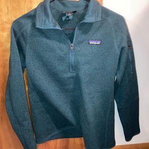 Forest green Patagonia quarter zip